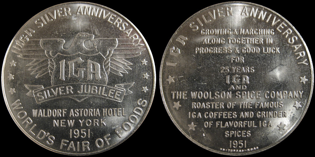 IGA Silver Anniversary Worlds Fair Of Foods Waldorf Astoria 1951 Medal