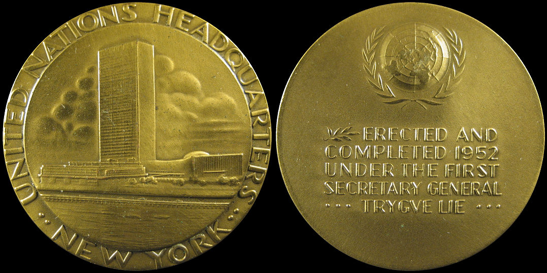 United Nations Headquarters New York Erected 1952 Medal